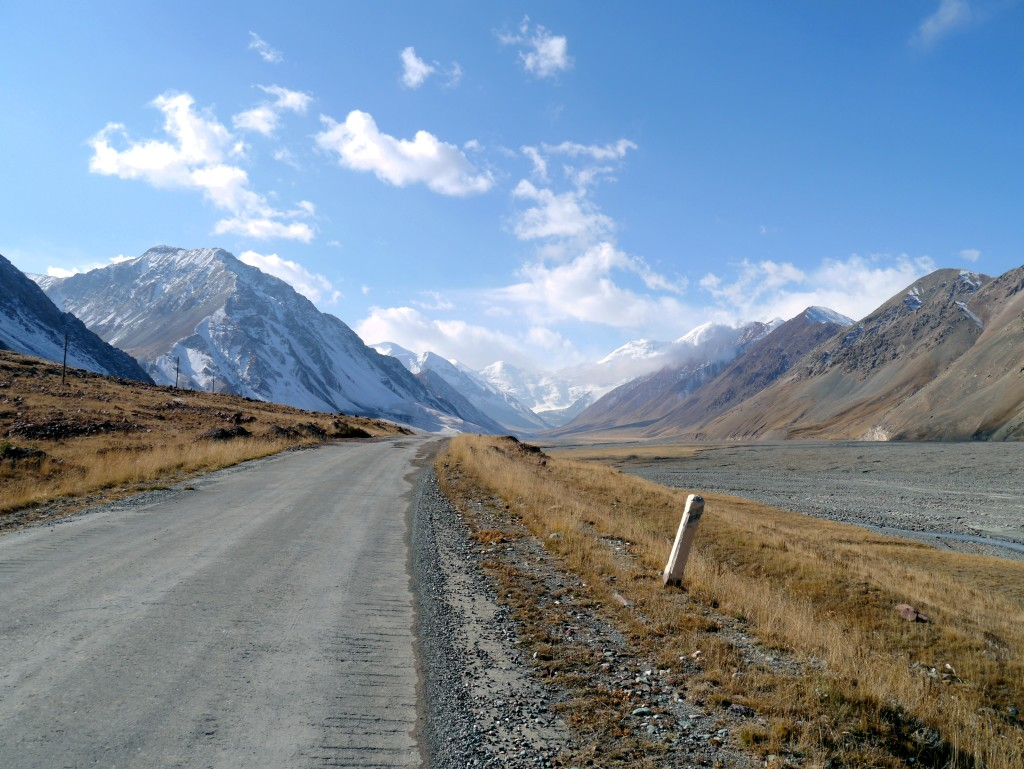Crossing the border from Kyrgyzstan into Tajikistan